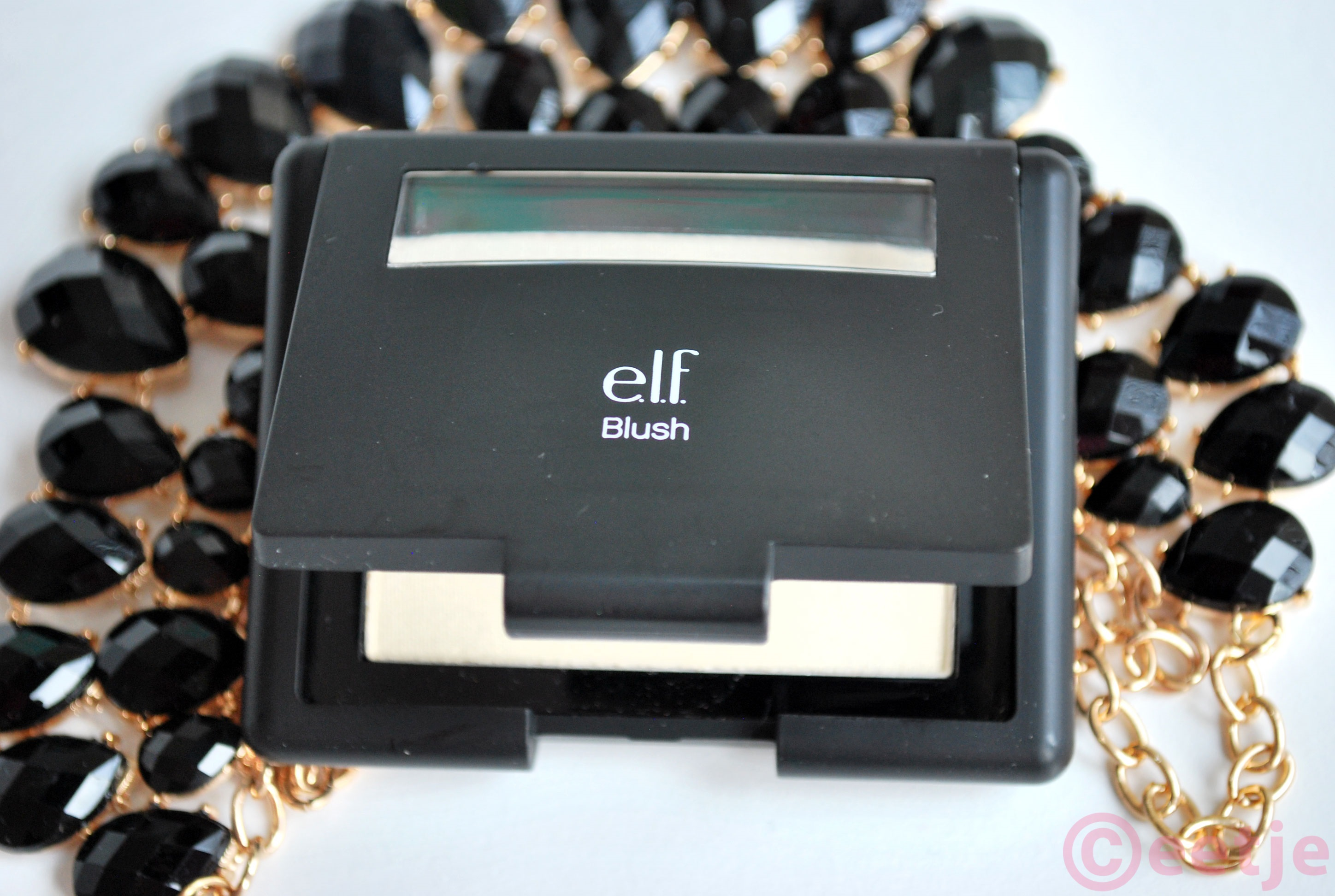 elf-highlighter-gotta-glow-blush review