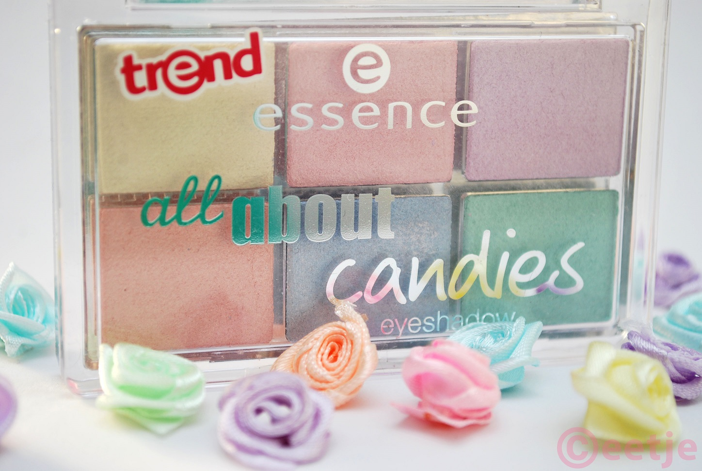 Review look Essence All about Candies eyeshadow palette