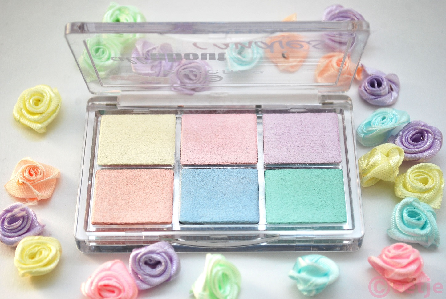 Essence All about Candies eyeshadow palette look review swatches