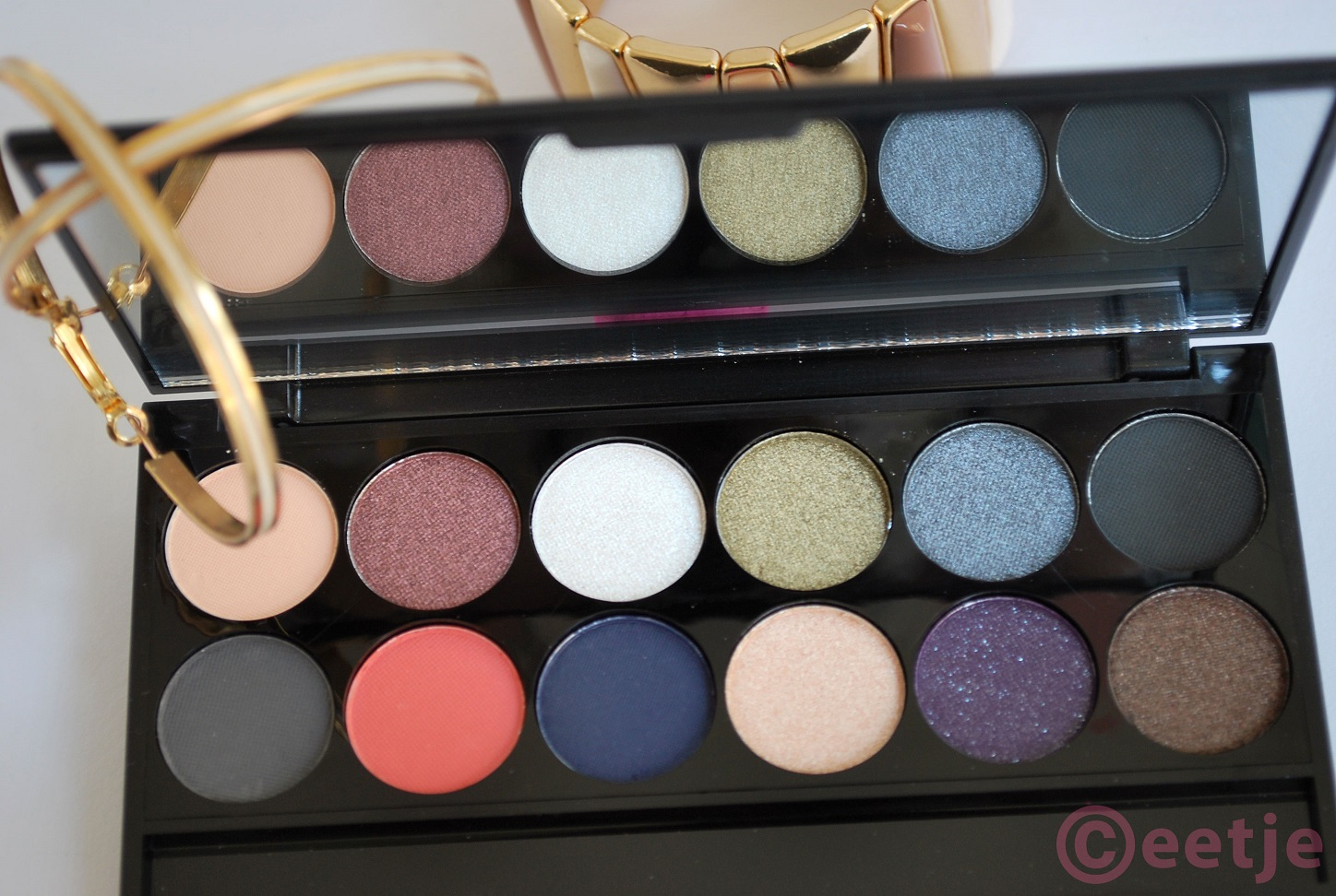 Sleek showstoppers 50 years superdrug review swatch