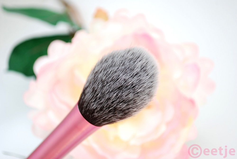 blush brush real techniques review RT favorite brush
