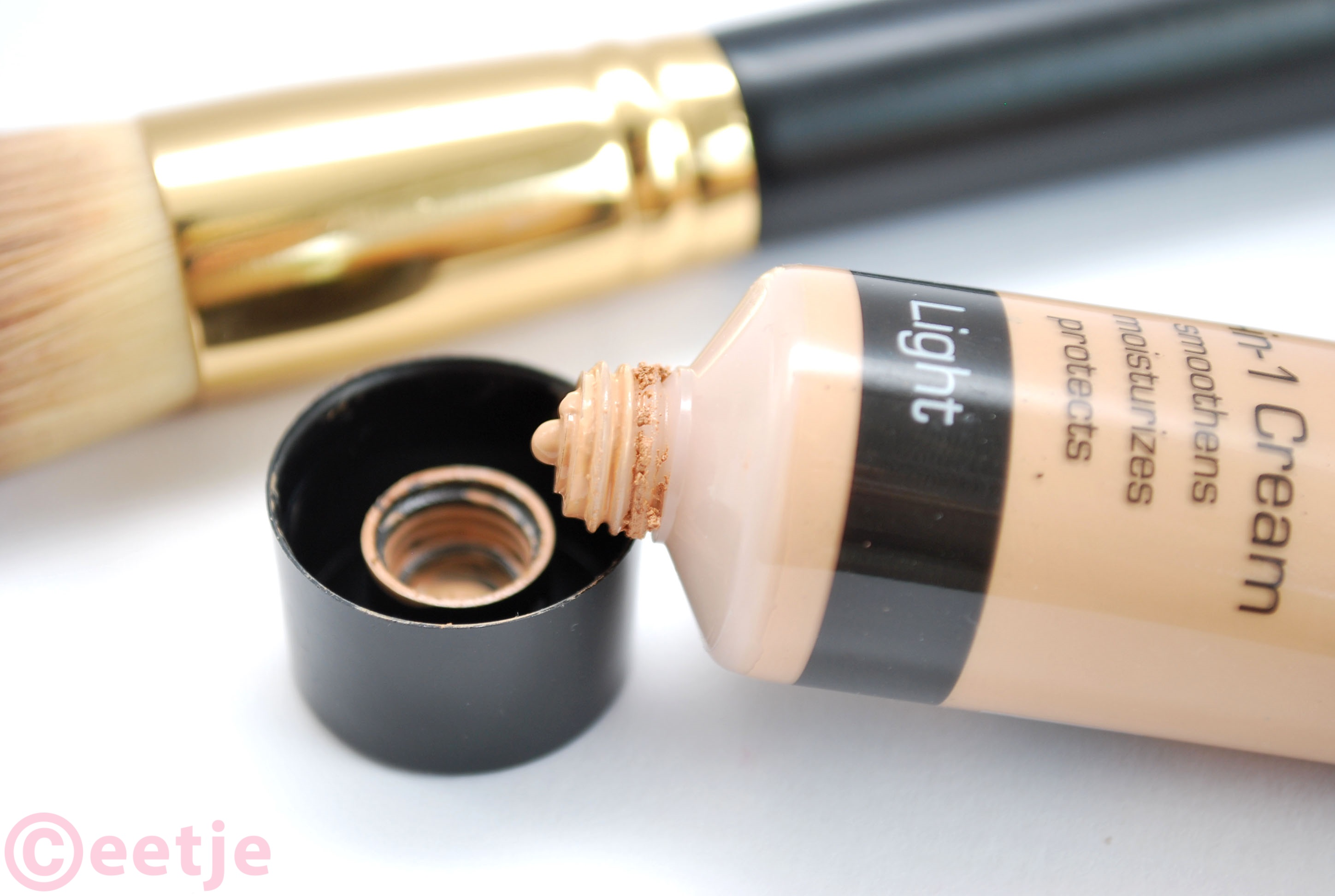 BB cream Action review swatch MAX