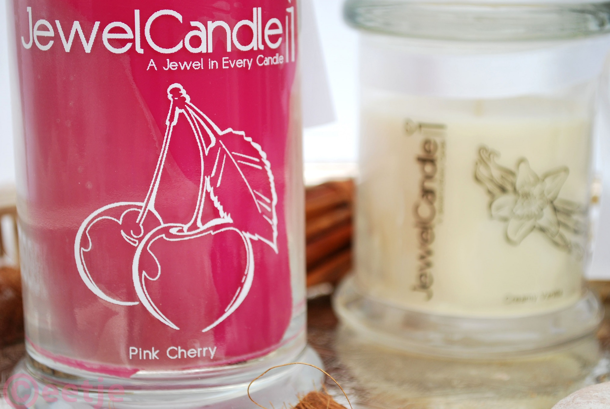 JewelCandle geurkaars met sieraad review pink cherry ring