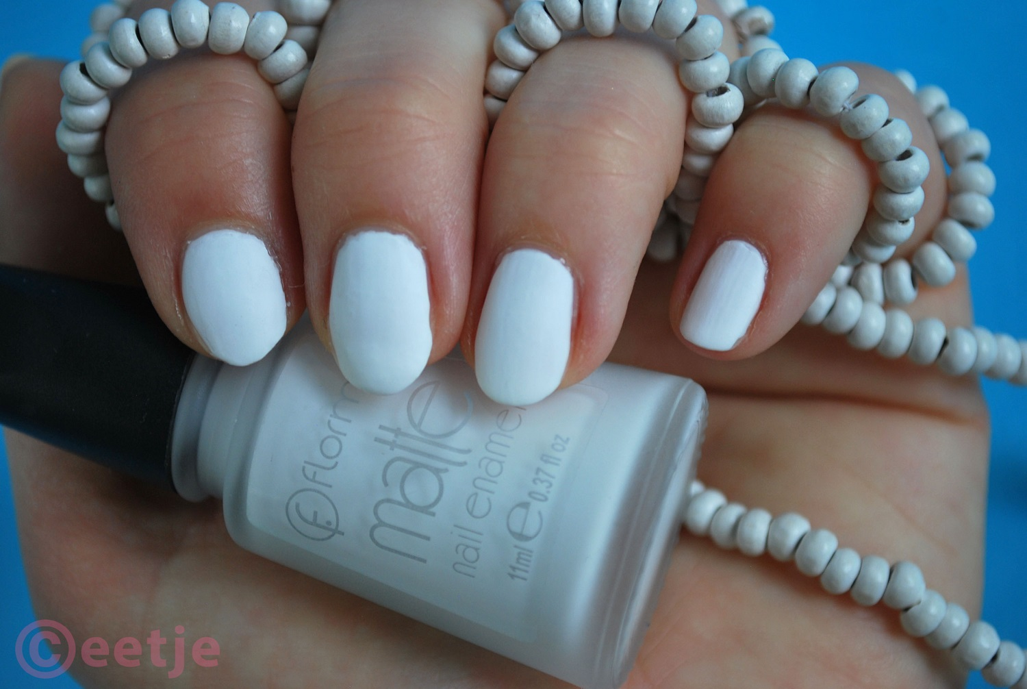 Review swatch witte matte nagellak Flormar White Board