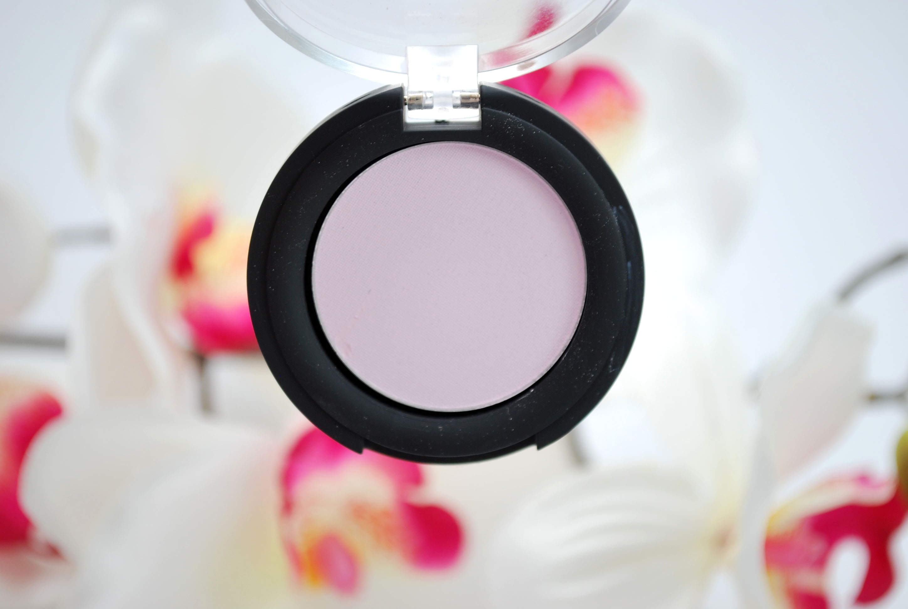 review park avenue eyeshadow milky pink make up