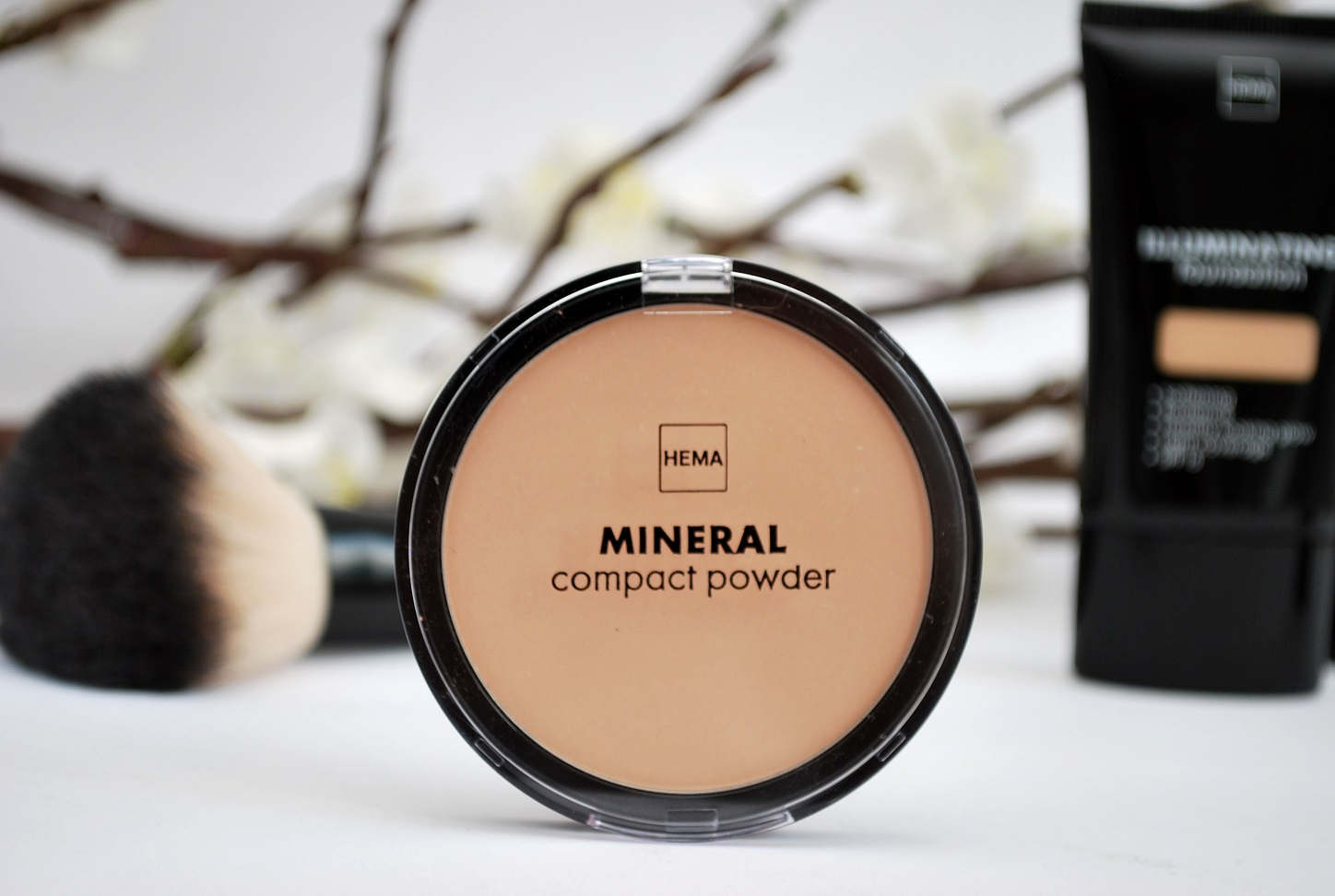 review true mineral compact powder hema
