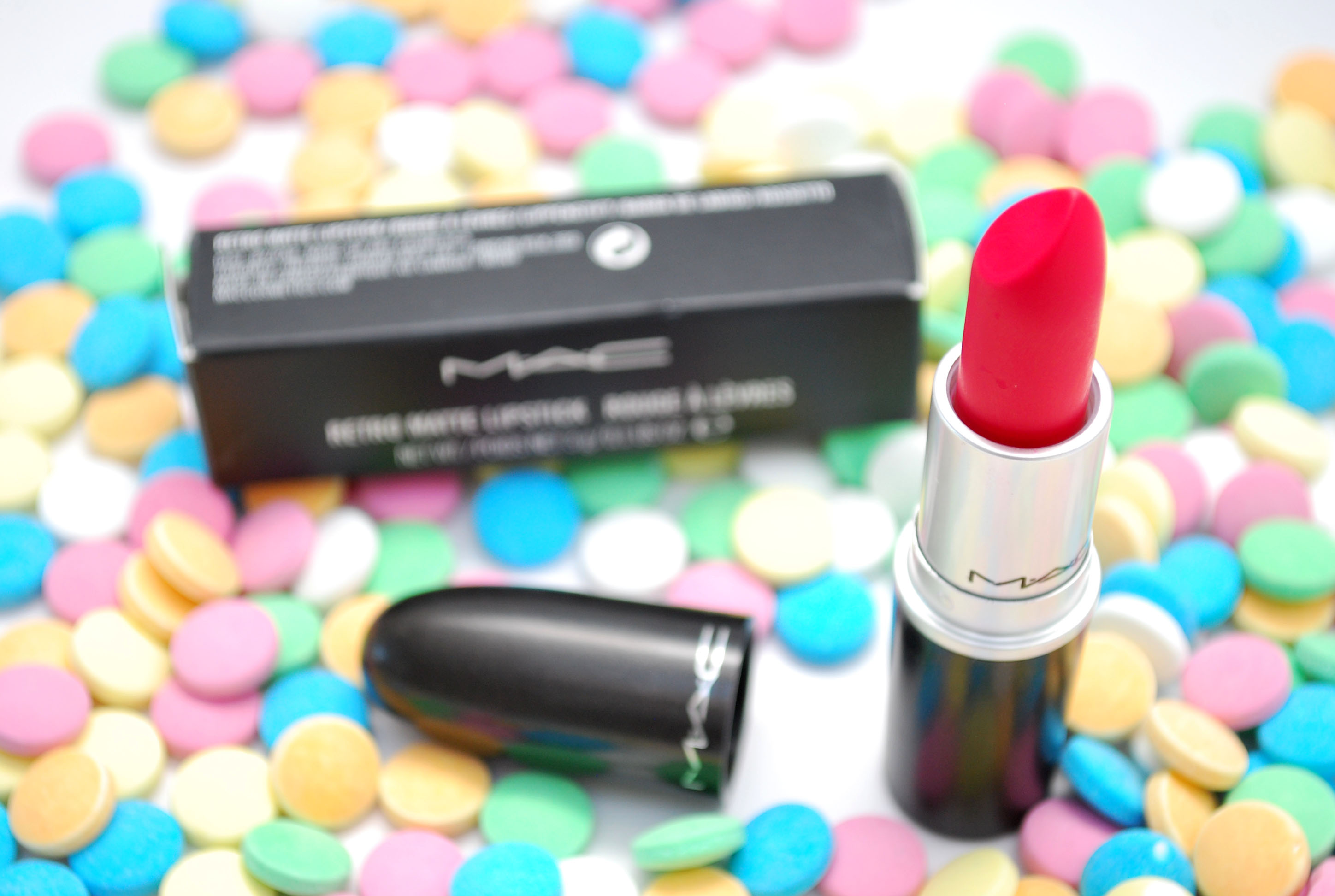 relentlessly red mac lipstick review