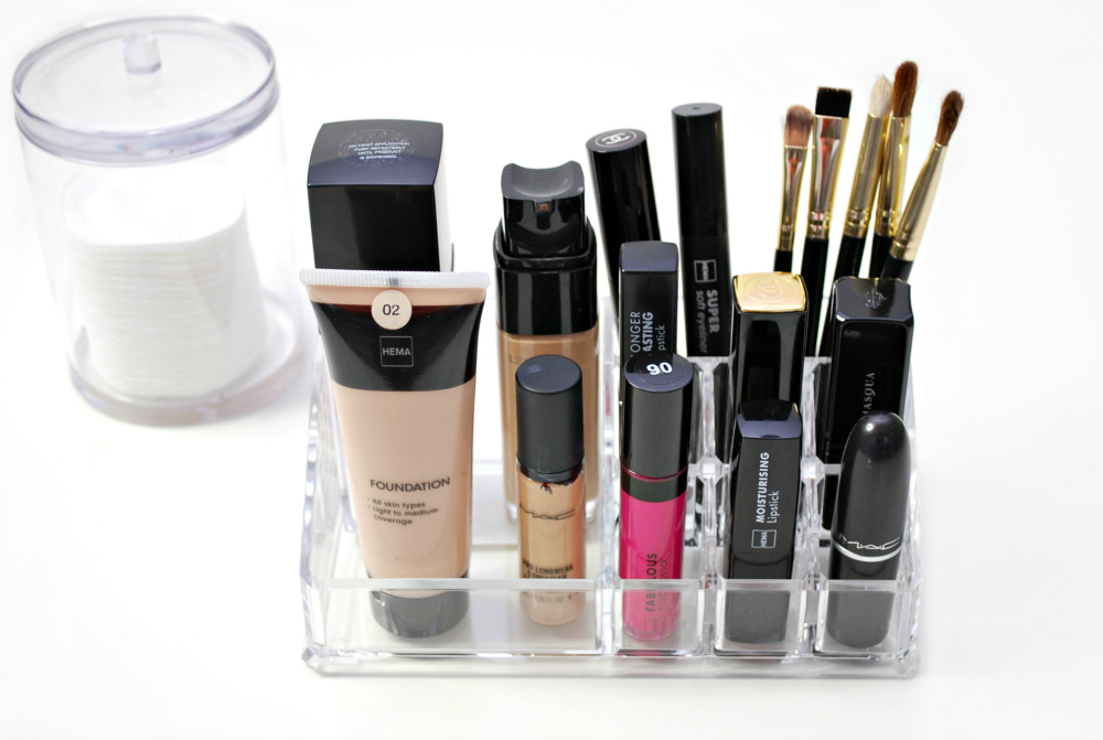 hema make up organizer