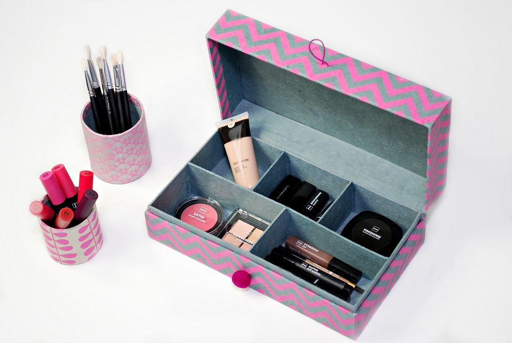 make up stash organizer