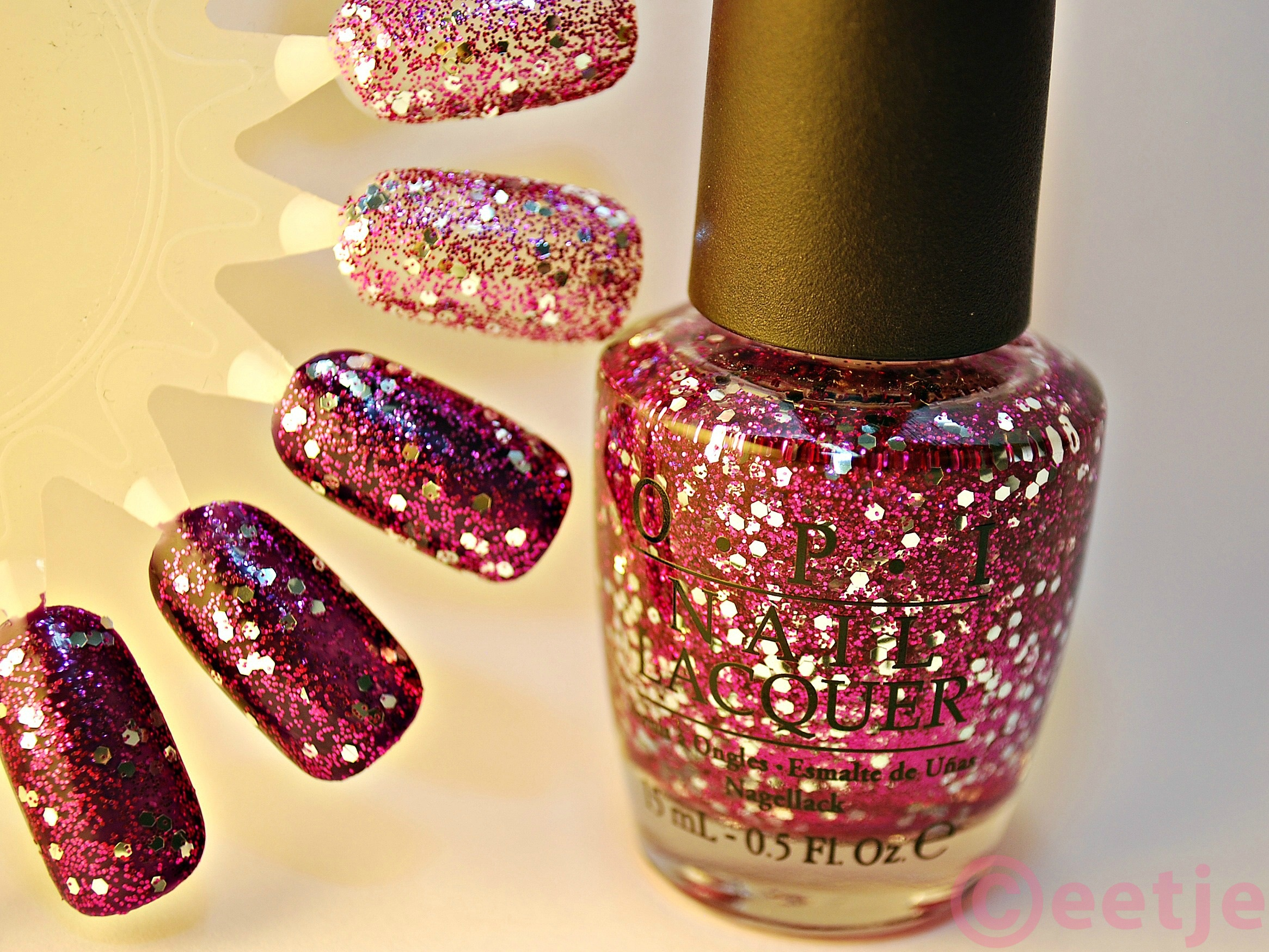 OPI nail lacquer nagellak paars divine swine swatch
