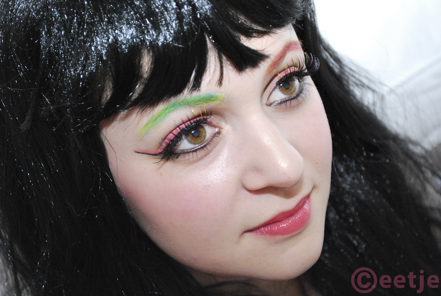 Green pink eyebrows fake lashes
