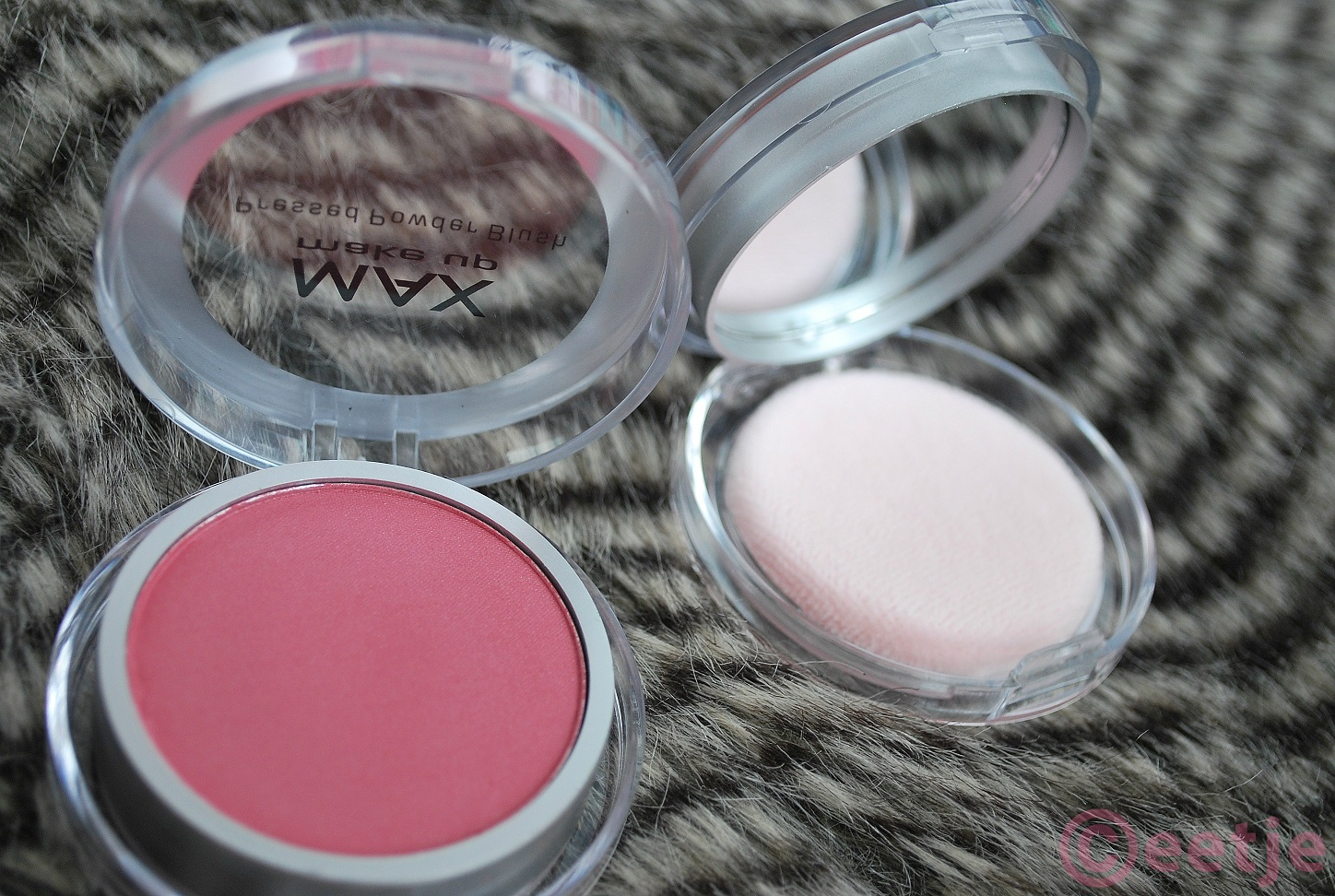 Review Action pressed powder blush pink