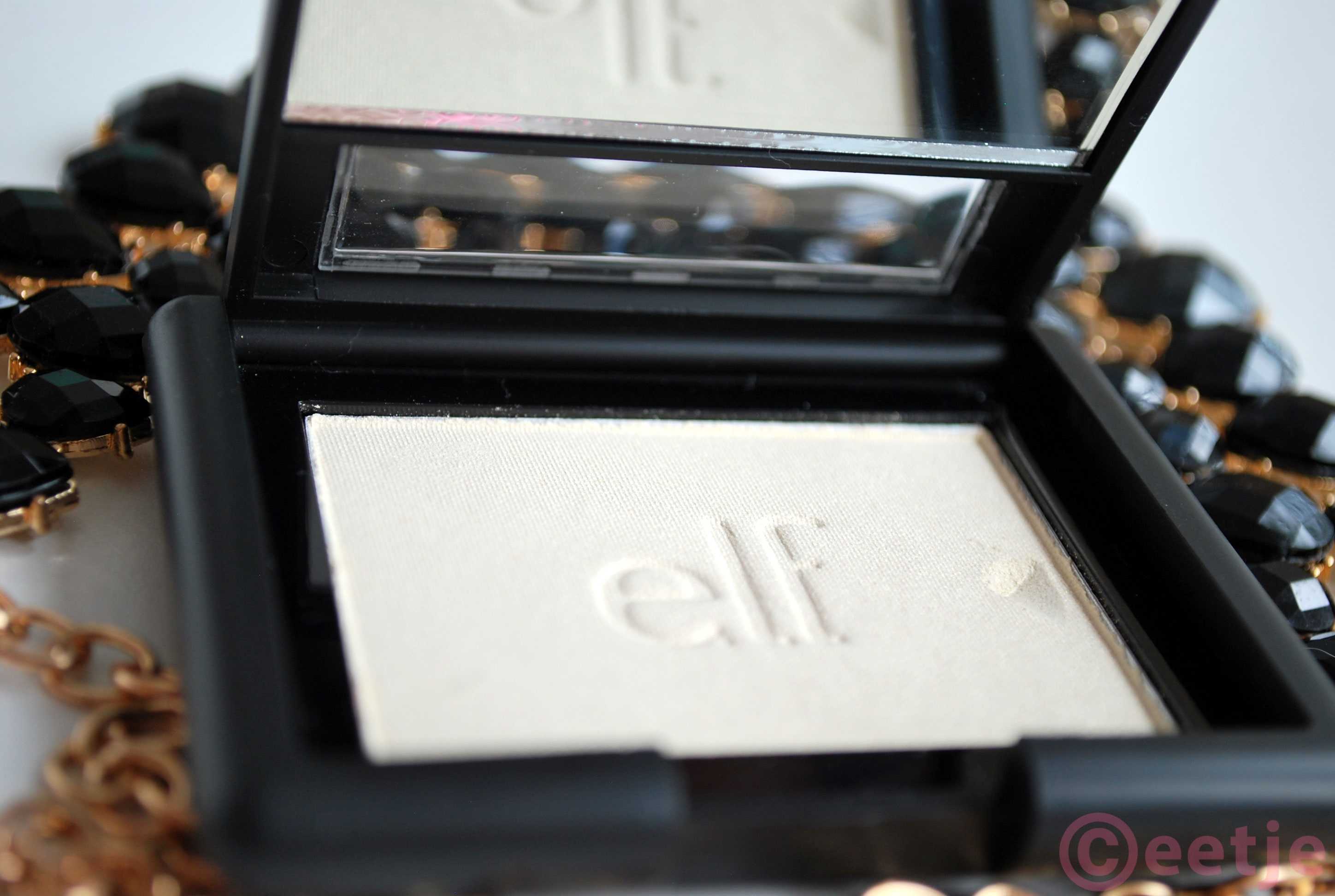 review-elf-gotta-glow-blush highlighter nars dupe