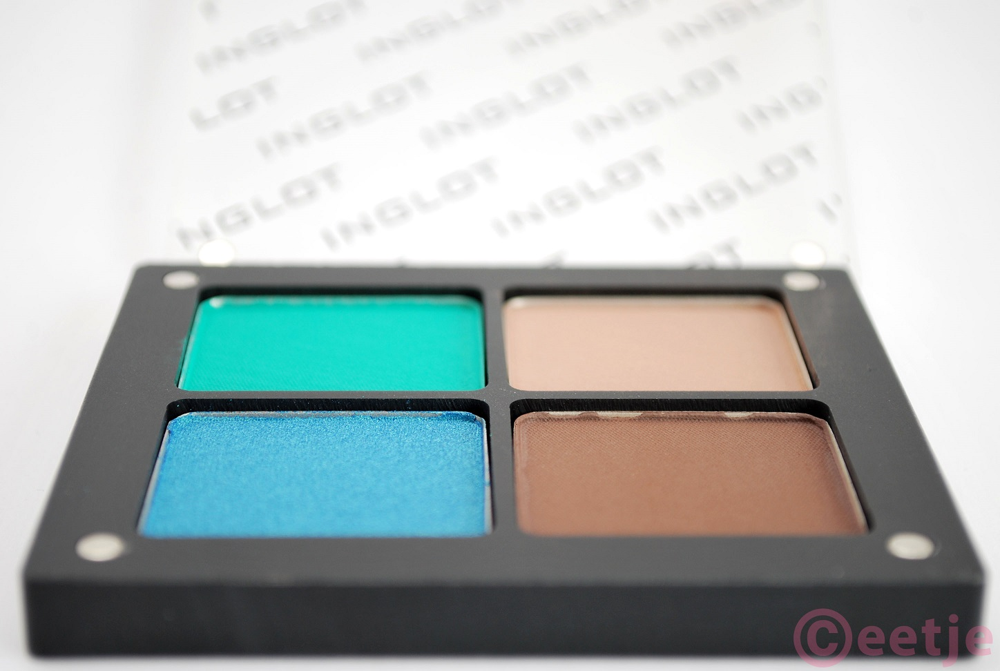Review Inglot Freedom system swatch