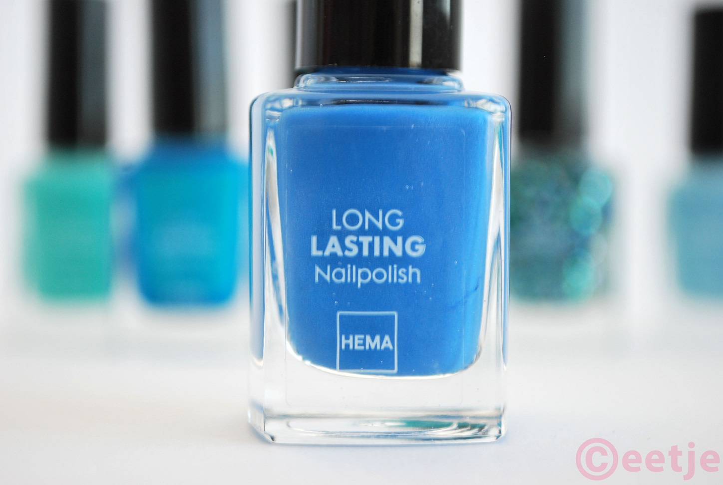 longlasting nailpolish ocean blue hema review