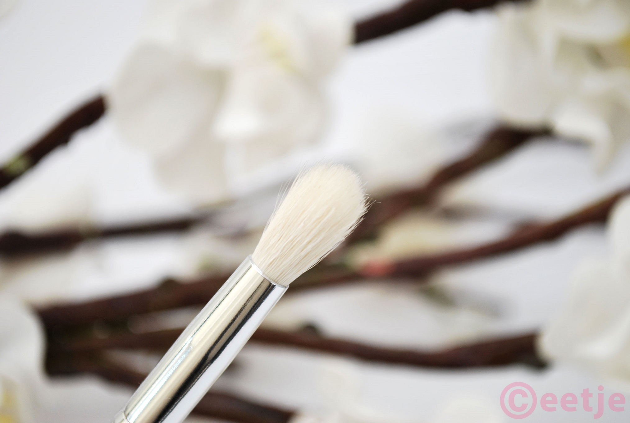 MAC 222 ebay dupe brush kwast