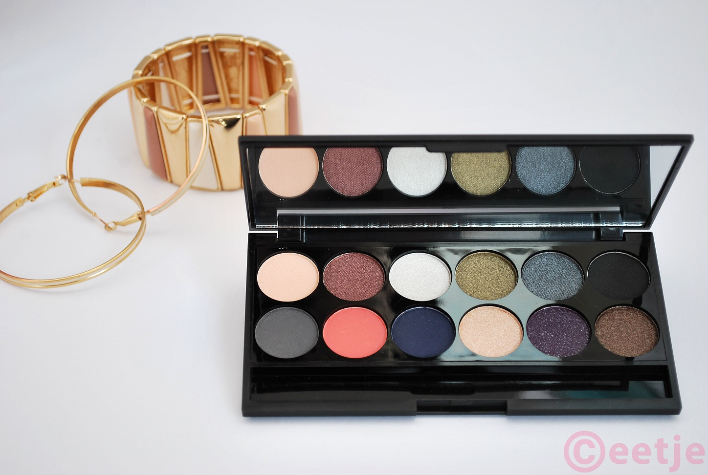 Sleek showstoppers 50 years superdrug palette review swatch