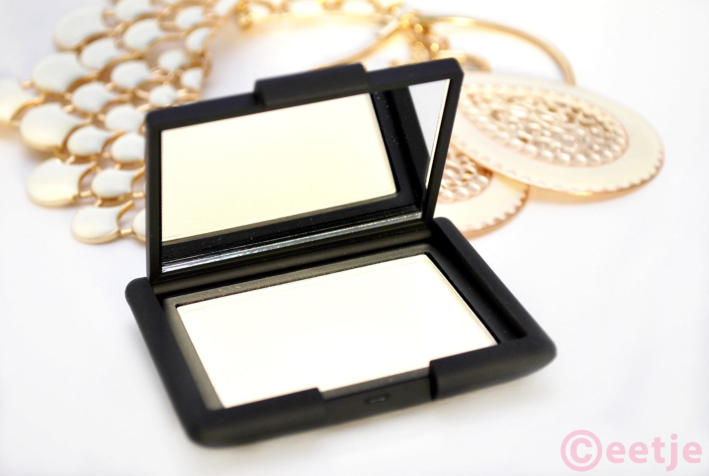 Review Nars Albatross ELF gotta glow  blush