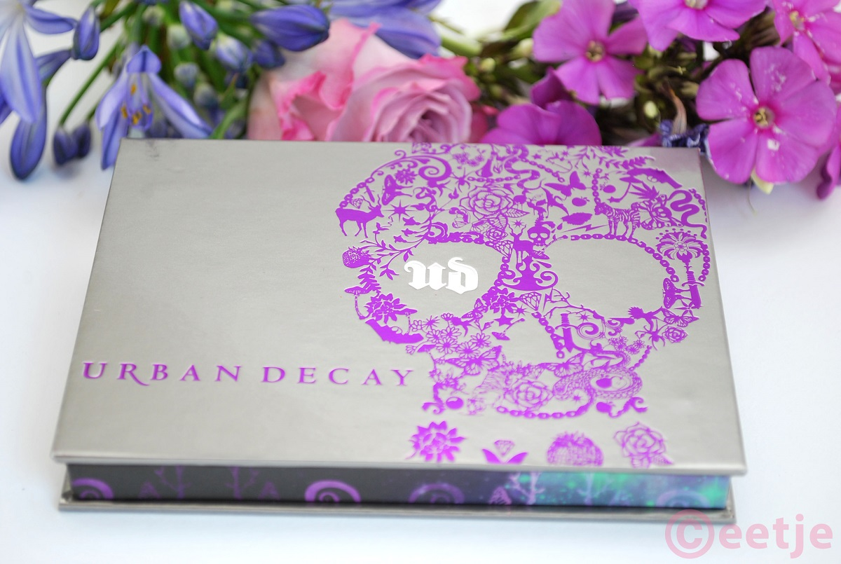 Urban Decay Ammo eyeshadow palette swatches
