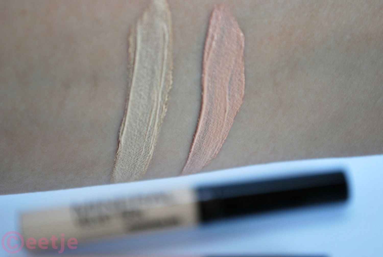 Swatch Collection 2000 concealer 02  cool medium
