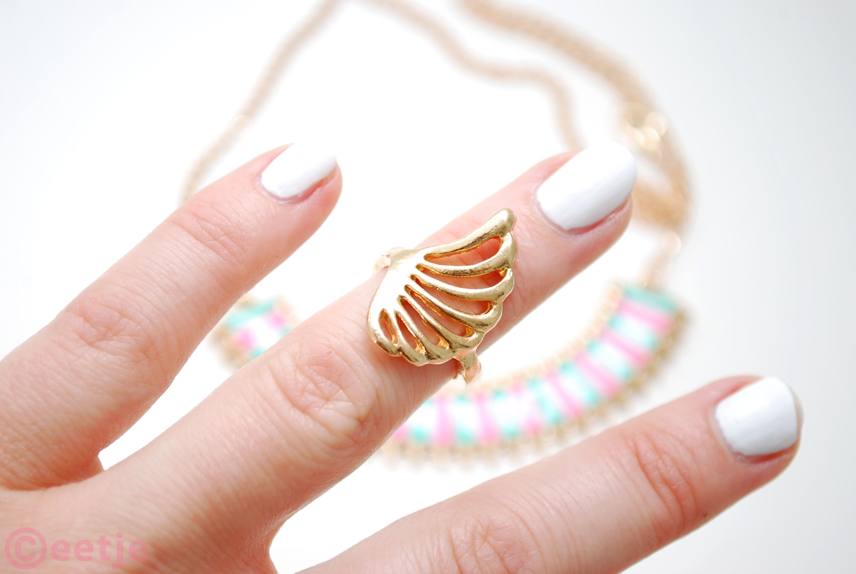 knuckle ring wing feather gold