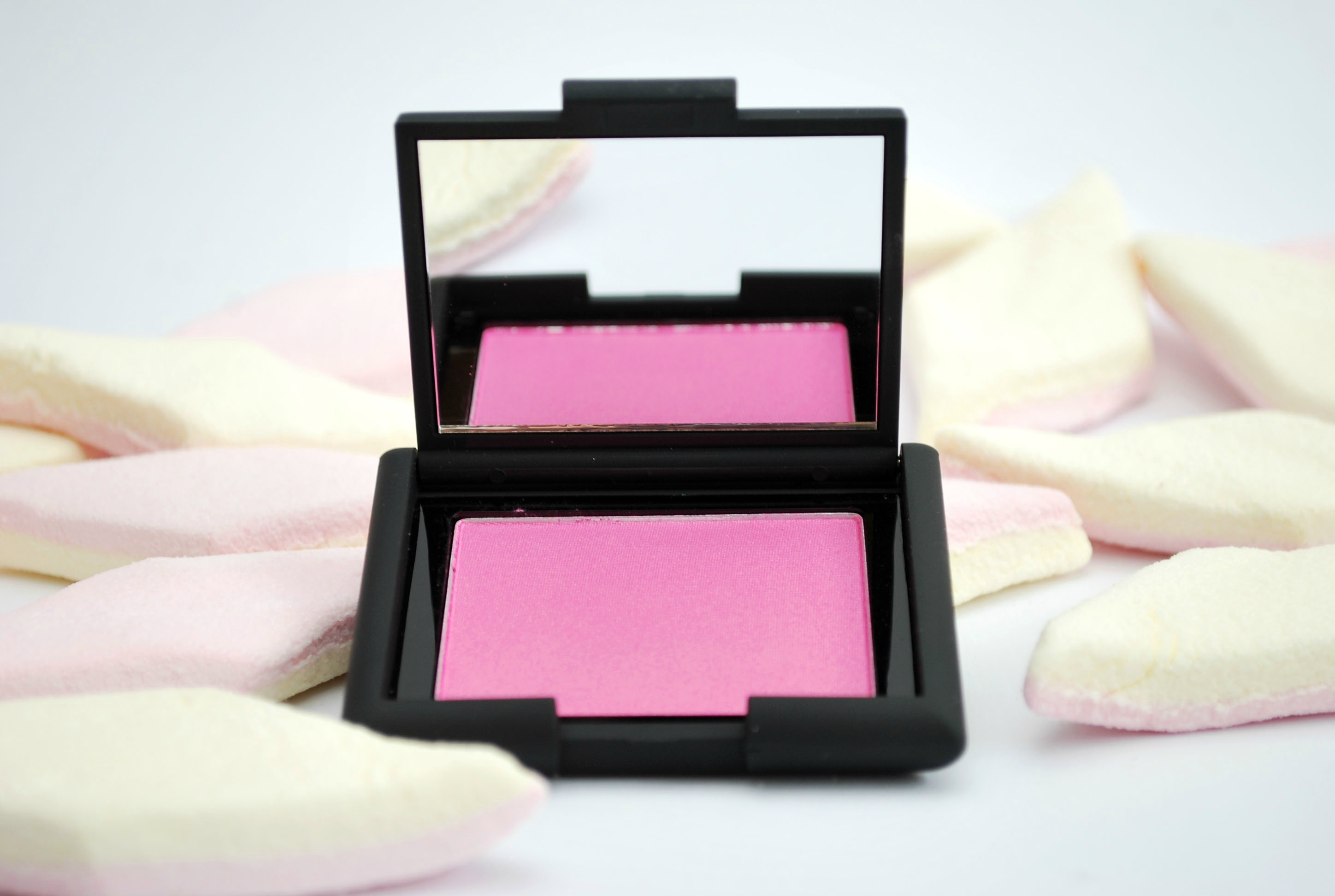 review smooch cosmetics blusher sugar rush