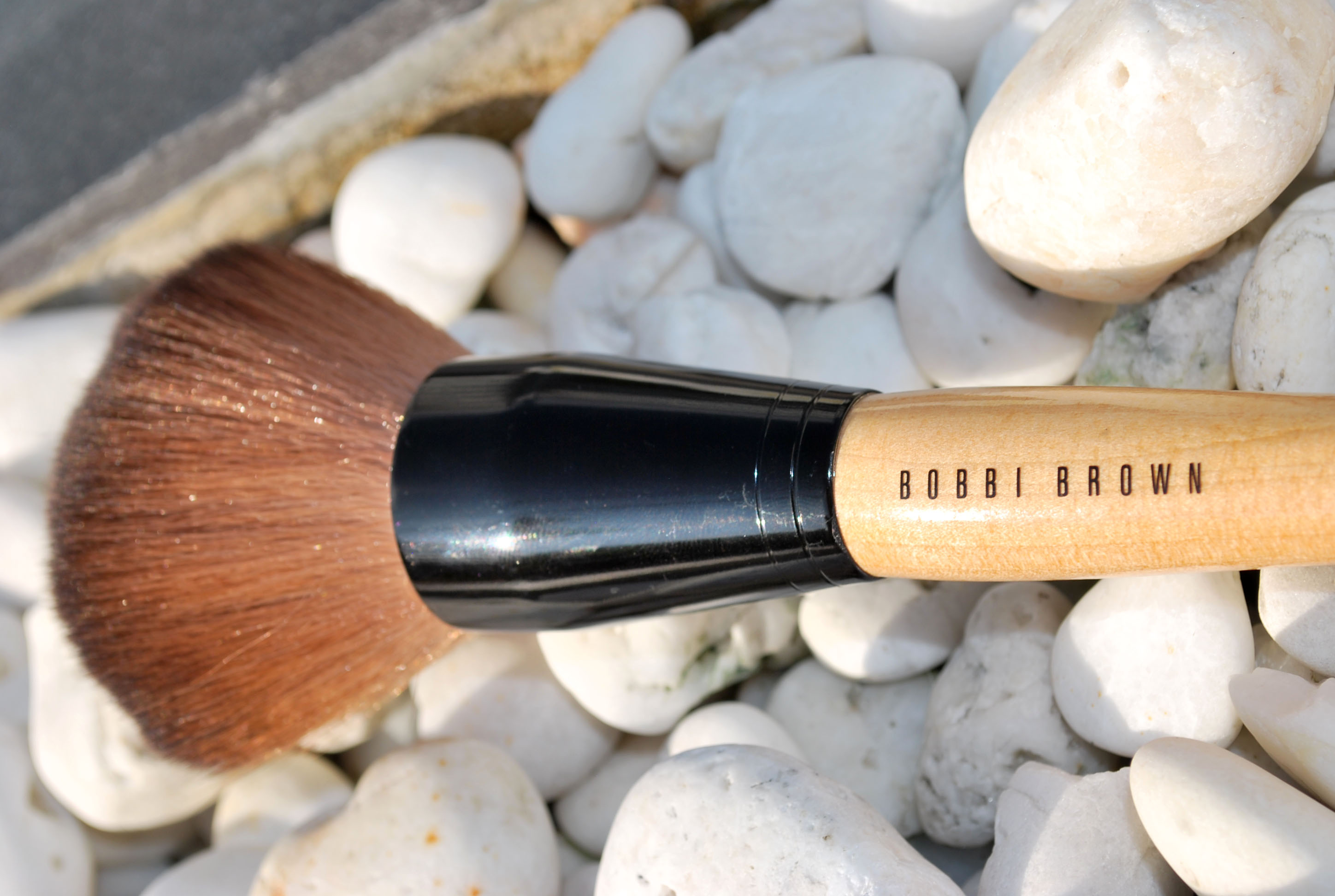 review Bobbi Brown powder brush dupe
