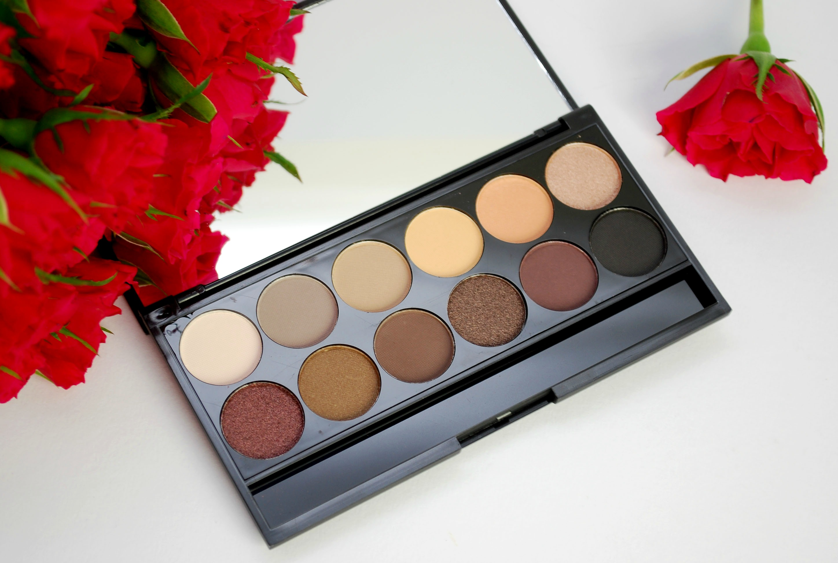 Sleek I Divine au naturel palette review