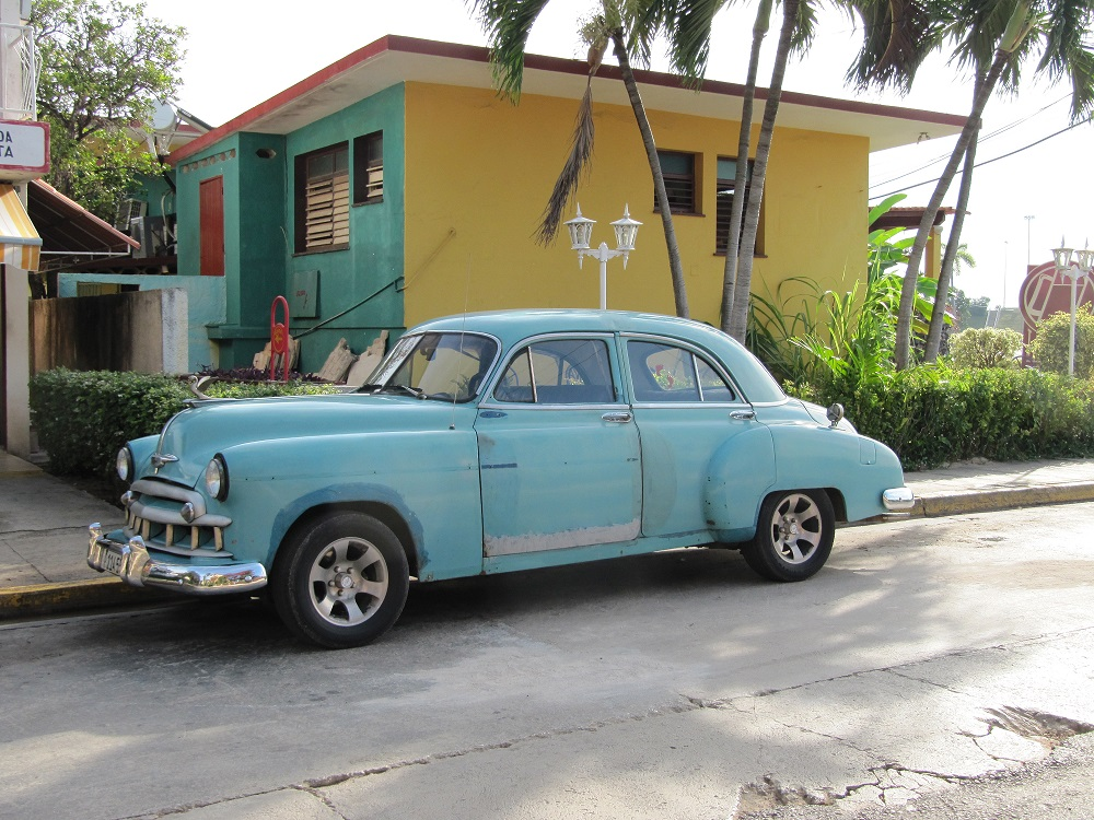 light blue oldtimer cuban cars